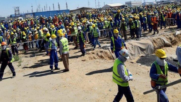 Теңіз жұмысшыларының төбелесінен кейін зауыт құрылысының жұмысы уақытша тоқтады