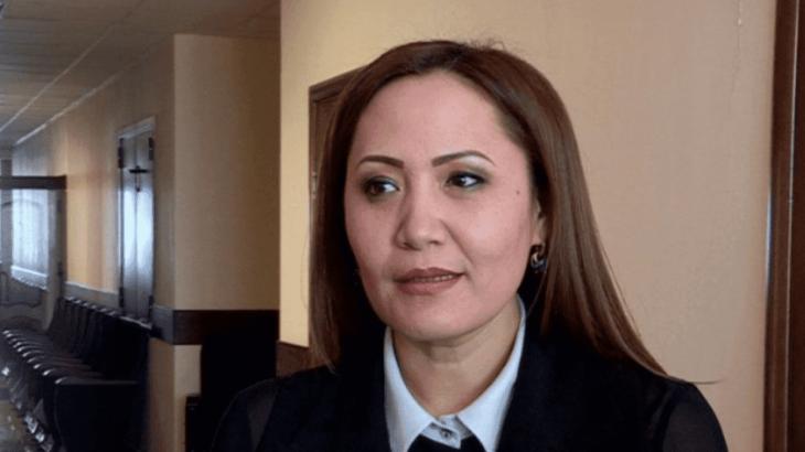Cенат отырысында депутат Айгүл Қапбарова ант берді