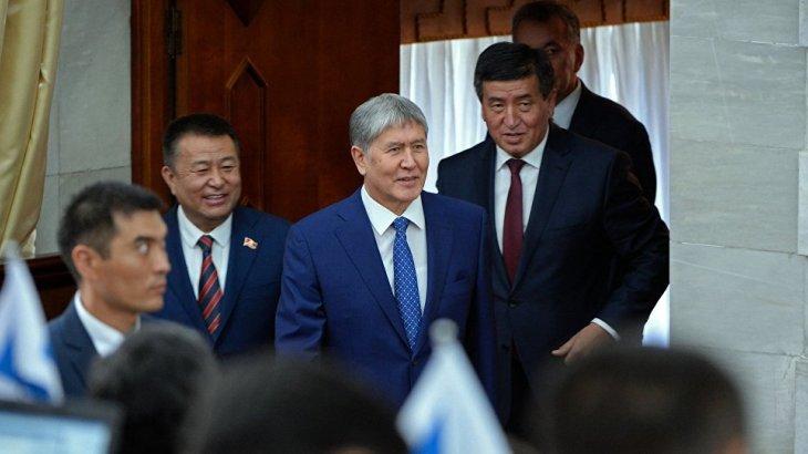 «Бұрынғы президент, қарапайым қызметкер – заң алдында бәріміз теңбіз»: Жээнбеков Атамбаев туралы айтты