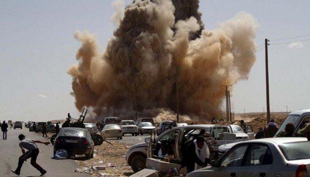 Ливияда миналанған автокөлік жарылып, БҰҰ-ның үш қызметкері қаза тапты