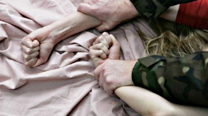 «Қызметтік көлікте»: Ресейде 2 полицей қазақстандық бойжеткенді зорлады деп айыпталуда