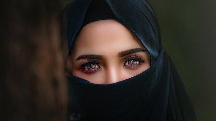 «Махаббатпен емес, әкесінің қалауымен»: 8 рет тұрмысқа шыққан әйел имамдардан көмек сұрады