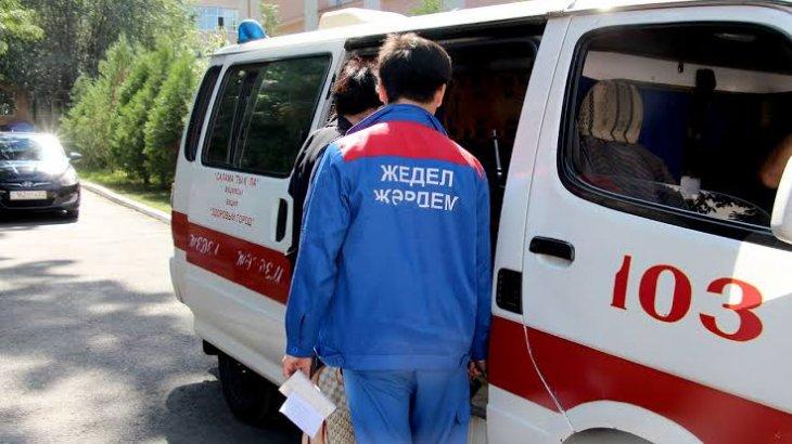 Павлодарда 31 жастағы ер адам тереңдігі 2,5 метр шұңқырға түсіп кетті