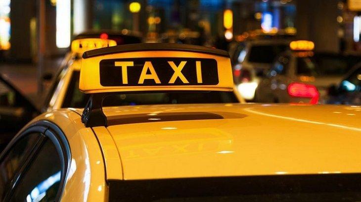 Алматыда такси жүргізушісі туристен 15 мың теңге алған