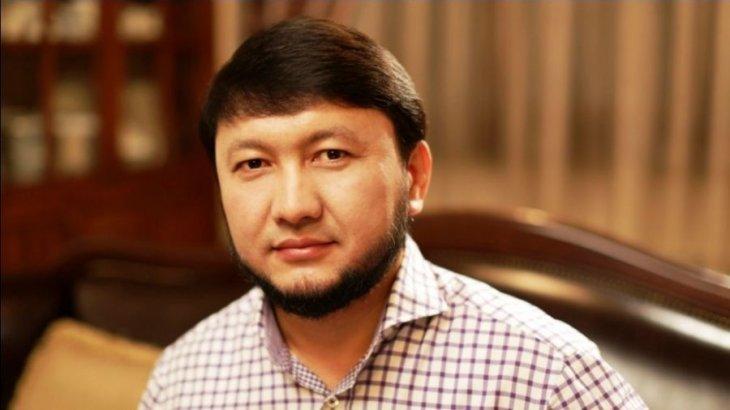 «Террористің уағызын тыңдап...»: Мұхамеджан Тазабековтің полицейлер алдындағы сөзі ащы сынға ұшырады