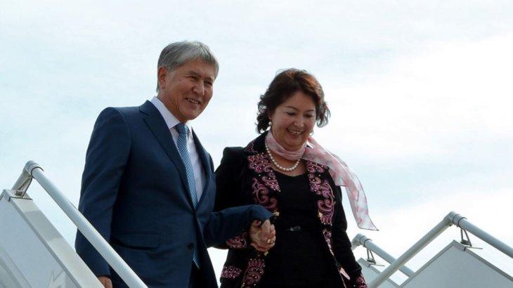 Атамбаевтың әйелі автобуспен жүр (ФОТО)