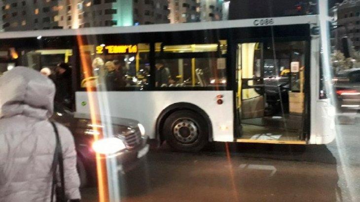 Нұр-Сұлтанда автобус жүргізушісі 42 жастағы әйелді қағып кетті