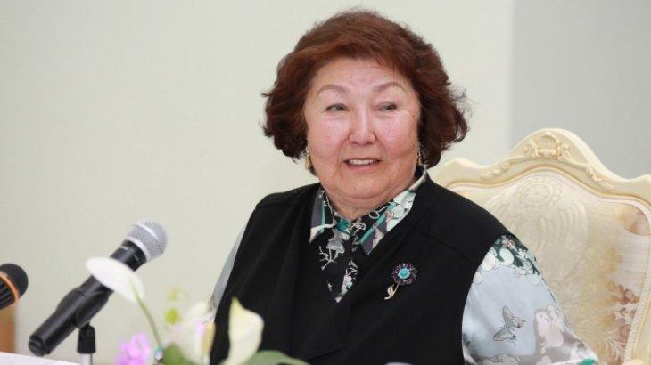 «Біздің президентіміз Нұрсұлтан Әбішұлы...»: көптен көрінбей кеткен Сара Назарбаеваның хаты
