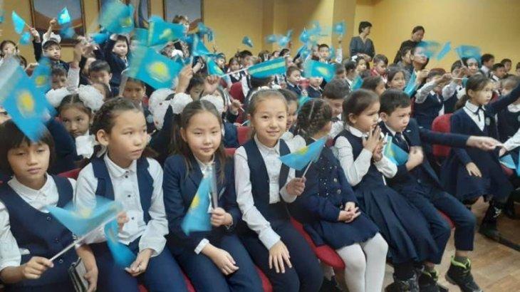 Алматыда Елбасының көшбасшылық жолы туралы жалпыреспубликалық ашық сабақ өтті