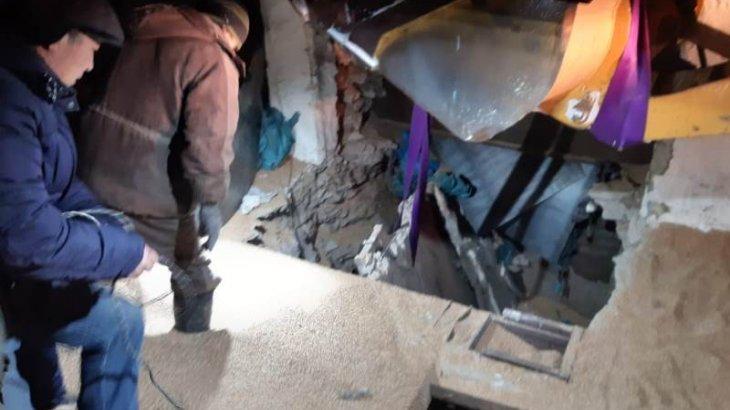 Астық қоймасында бетон плита құлап, жұмысшы ажал құшты