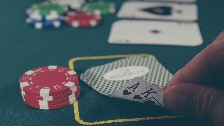 Шенеуніктің пәтерінен жер астында орналасқан казино табылды