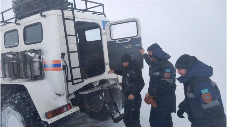 Қарағандылық құтқарушылар екі адамның өмірін сақтап қалды