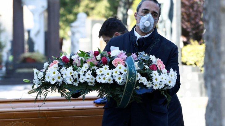 «Көбі үрейленгендерге қарап күліп жүрді»: италиялықтар коронавирусқа қатысты үндеу жолдады (ВИДЕО)