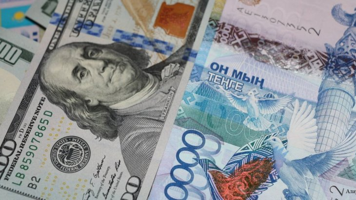 «Құлдырау жалғасуда»: Ұлттық банк пен қор биржасы бірлескен мәлімдеме жасады