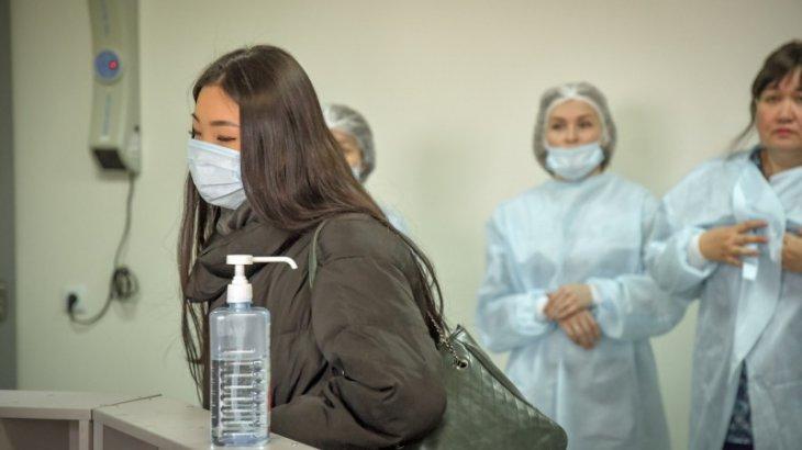 Індет жұқтырғандармен тығыз байланыста жүрген медициналық қызметкерлер үйлеріне қайтудан бас тартуда