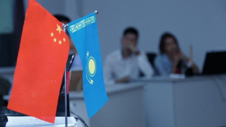 Депутат 29 жылда қанша қытайлықтың Қазақстан азаматтығын алғанын айтты