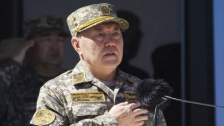Назарбаев қазақстандықтарды Отан қорғаушылар күнімен құттықтады
