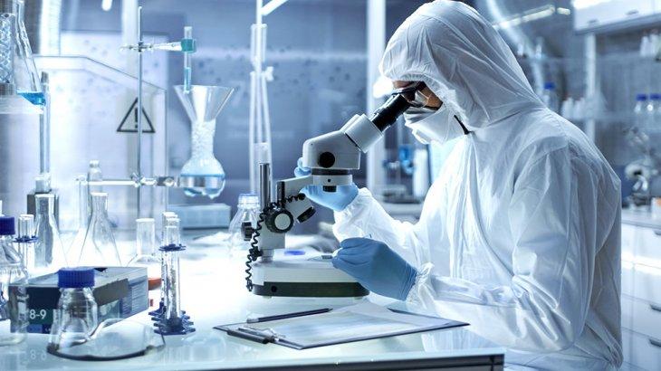 «Маймылдарға қолданылады»: қазақ ғалымдары індетке қарсы жасаған вакциналарын сынап жатыр