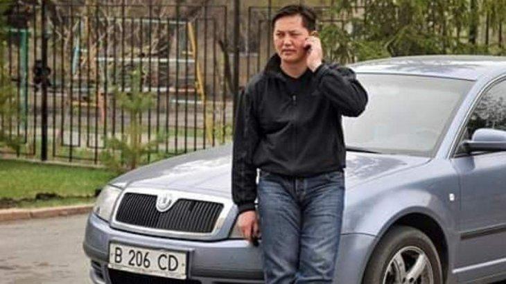 «Ақысы бата еді...»: Бейсен Құранбек таксист болып, жолаушыларды тегін тасыған
