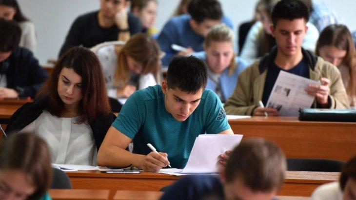 Тоқаев болашақ педагогтардың стипендиясын 42 мың теңгеге дейін көтеруді тапсырды