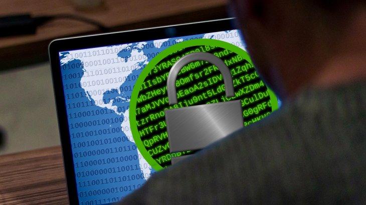 «Хакерлердің құрбаны болғаныңызды түсіну қиын»: сарапшы Wi-Fi желісінің қаупі туралы айтты