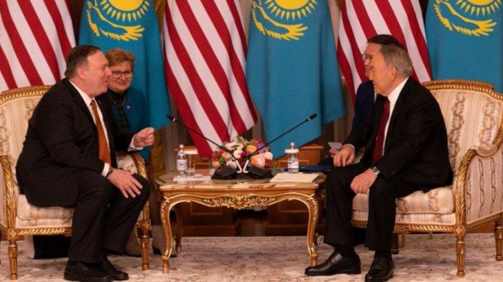 «Аman bolynyz»: АҚШ-тың Мемлекеттік хатшысы Назарбаевқа қазақ тілінде саулық тіледі