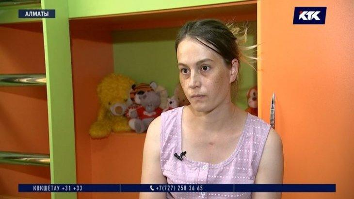 «Ойлаудың өзі қорқынышты»: коронавирусқа тест тапсырмаған әйел ауласында босанған