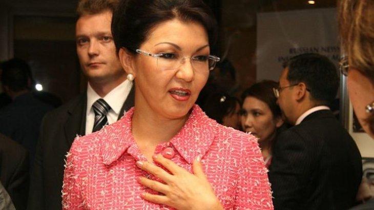 «Тағы 30 жыл құлдыққа дайын екенбіз!»: жұрт Дариға Назарбаеваның атын жамылған алаяқтарға алдануда