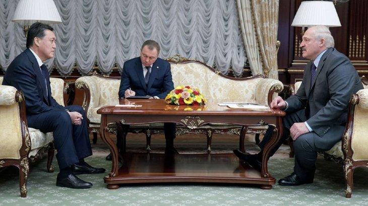 Лукашенко Асқар Маминнен кешірім сұрады