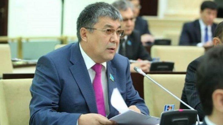 «Осылай қарап отыра берсек арам өлеміз!»:  сенатор Қызылорда облысындағы бір былықтың бетін ашты