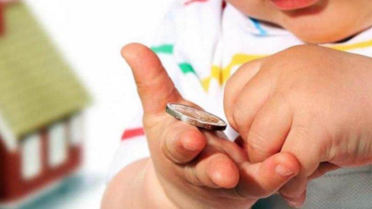 «Ата-аналар балаларды бейсаналы түрде жемқорлыққа итермелейді» - психолог