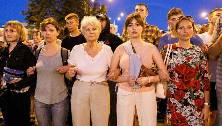 Беларусьте наразылық шарасына журналистер қосылып, жұмыстан кетіп жатыр