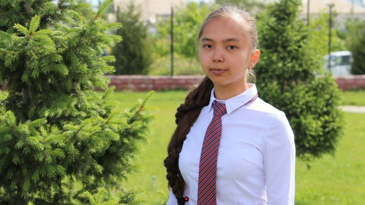 Назарбаев зияткерлік мектебінің биылғы түлегі смарт білезік ойлап тапты