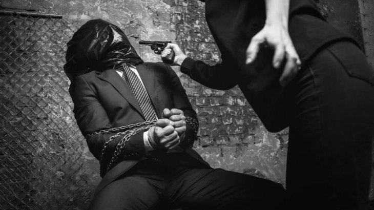 «Пара берсең шығасың, бермесең полицейлер ұрып-соғып, істемеген қылмысыңды істедің деп мойындатады» - заңгер