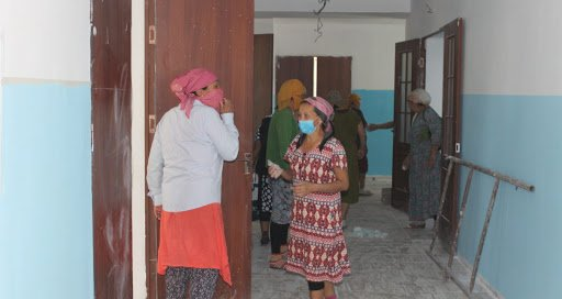 Түркістан облысында мектеп директоры мұғалімдерді құрылысшыға айналдырған