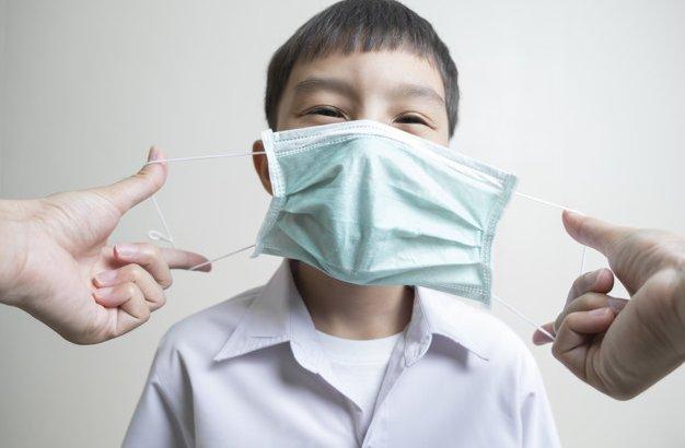 Петропавлдың санитарлық дәрігерлері оқушылардың мектепте маска тақпауын ескертті