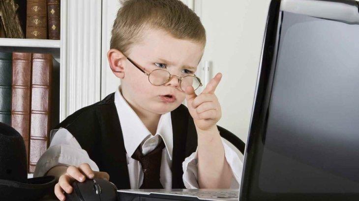 «Мектеп оқушыларына тағы 250 мың компьютер таратылады» - министрлік