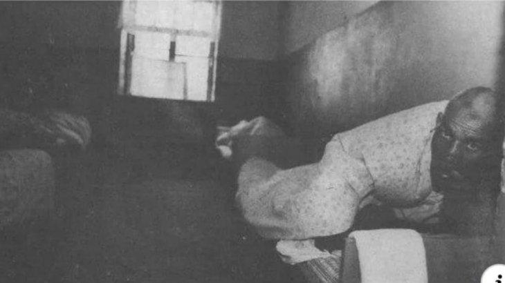 «Үстірт Мауглиі»: 5 жасында қасқырлар арасынан табылған ұл адамдарды жатсынып өткен