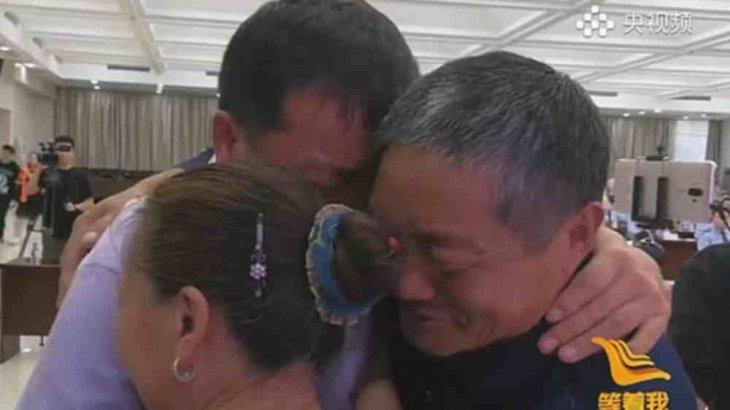 Ата-анасы екі жаста ұрланған баласын 38 жыл өткен соң тапты