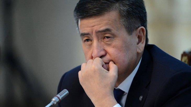 Сооронбай Жээнбеков қандай жағдайда президенттік тақтан кететінін мәлімдеді