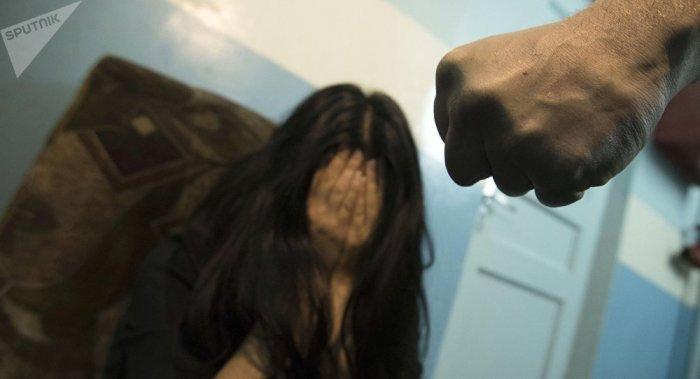 69 жастағы депутат оқушы қызға сексуалдық қылмыс жасау кезінде ұсталды