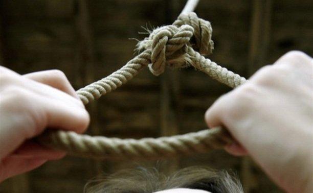 «Мені өлтірді»: Қарағандыда полицейден зәбір көрген әйел асылып қалды