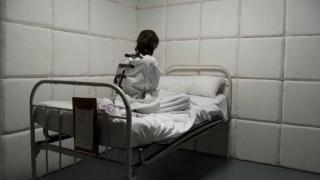 Павлодарда қабылдауға келген әйелді психикалық ауруханаға жібермек болған шенеунік қызметінен босатылды