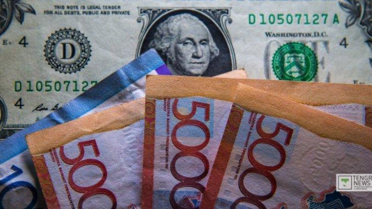 Елімізде доллар шарықтап жатыр