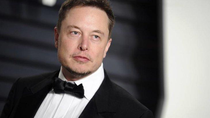 Илон Маск қай жылы Марсқа адам жіберетінін айтты