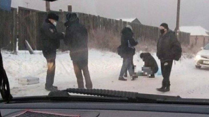 Ауыл тұрғындары көшеден үсіп қалған 7 айлық сәбидің денесін тауып алды