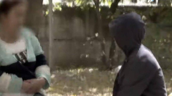 «Порно көруге мәжбүрлеген»: Қарағанды облысында 8 жастағы баланы қатарластары зорлаған