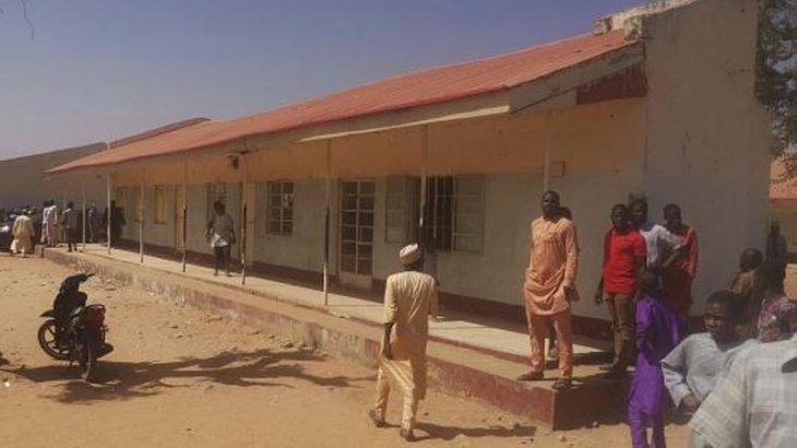 Нигерияда полиция 400-ге жуық оқушыны іздестіріп жатыр