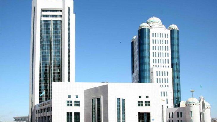 Тоқаев Парламент сессиясын шақыру туралы Жарлыққа қол қойды