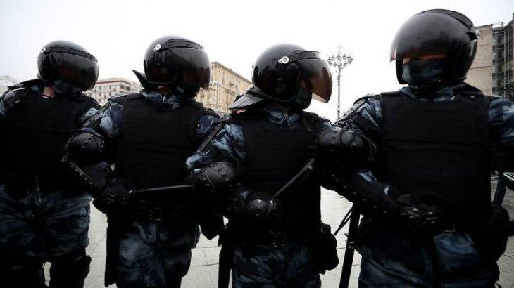 Мәскеуде митинг кезінде 40-тан астам полиция қызметкері жараланды